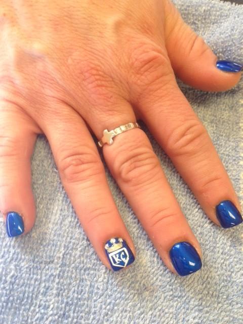 Solar Nails in Westport Kansas City nail design